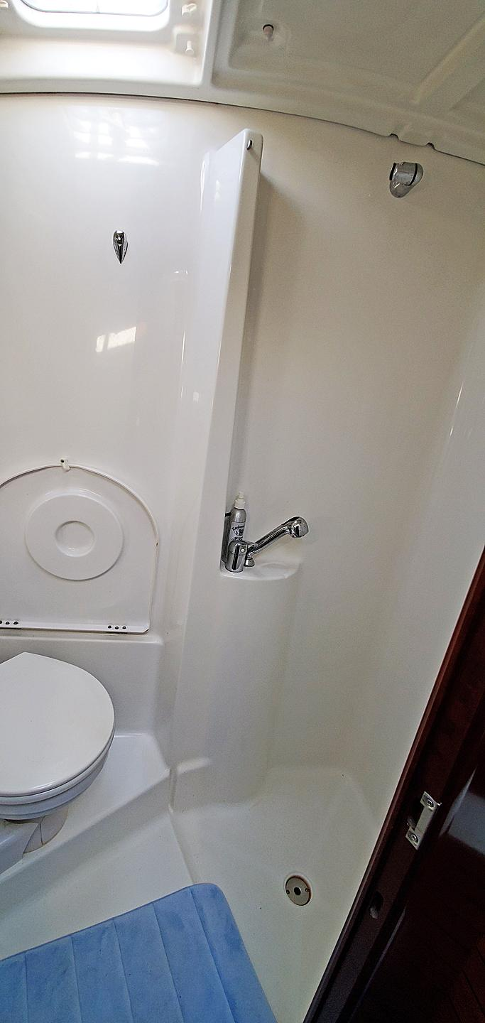 Owners Stall Shower