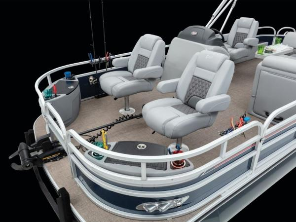 2021 Ranger Boats boat for sale, model of the boat is 220F & Image # 13 of 27