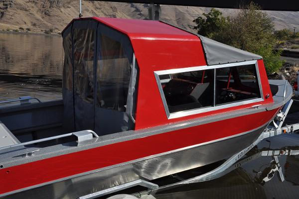 2019 Spartan boat for sale, model of the boat is 200 Astoria & Image # 17 of 28
