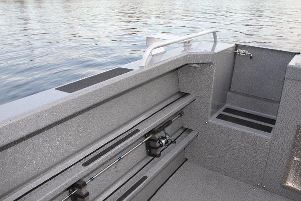 2021 Spartan boat for sale, model of the boat is 220 Maximus & Image # 28 of 31