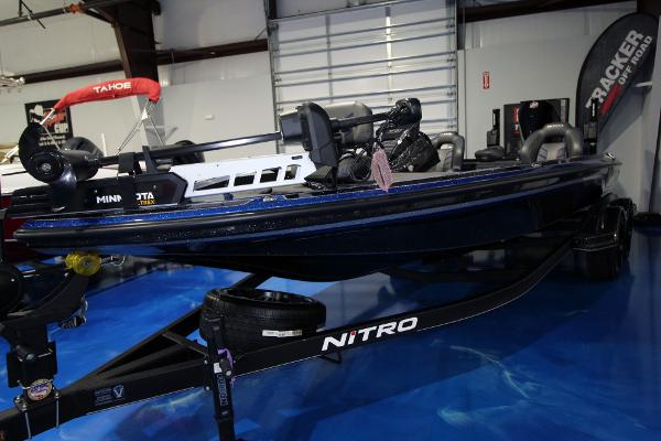 2020 Nitro boat for sale, model of the boat is Z21 Pro & Image # 2 of 22
