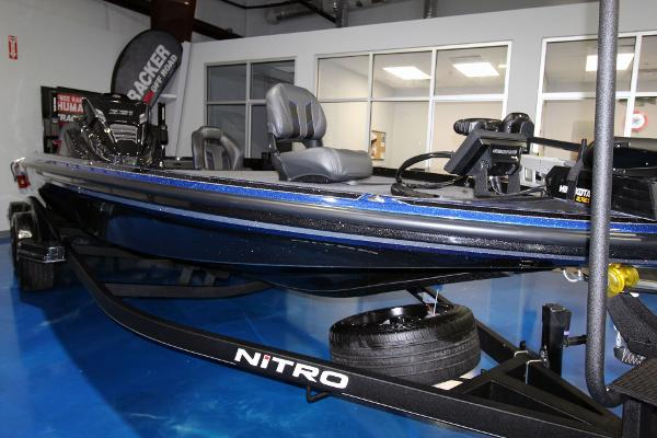 2020 Nitro boat for sale, model of the boat is Z21 Pro & Image # 1 of 22