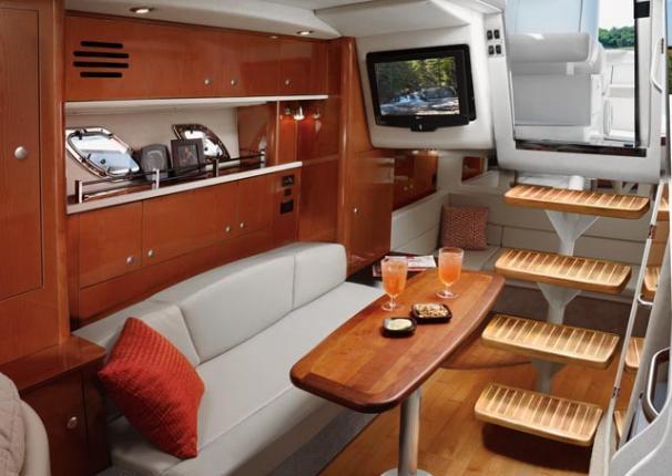 2010 Sea Ray 330 DA Knot 10 Yacht Sales