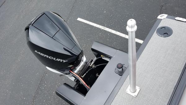 2019 Regency boat for sale, model of the boat is 250 DL3 & Image # 7 of 20