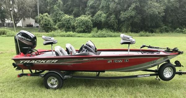 2018 Tracker Boats boat for sale, model of the boat is Pro Team 175 TXW 40th Anniversary Edition & Image # 6 of 12