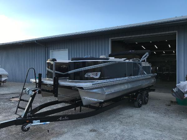 2021 AVALON LSZ Cruise Rear Bench - 24'
