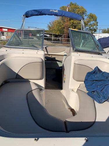 2003 Sea Ray boat for sale, model of the boat is 185 & Image # 3 of 8