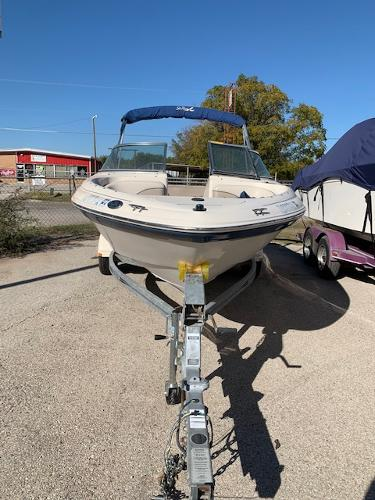 2003 Sea Ray boat for sale, model of the boat is 185 & Image # 5 of 8