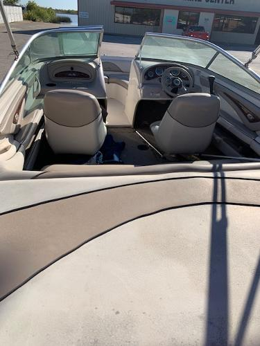 2003 Sea Ray boat for sale, model of the boat is 185 & Image # 6 of 8