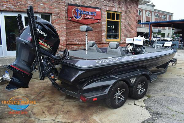 2018 Skeeter boat for sale, model of the boat is FX21 & Image # 44 of 49