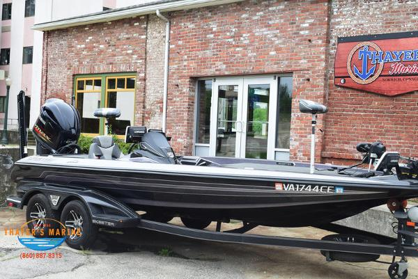 2018 Skeeter boat for sale, model of the boat is FX21 & Image # 46 of 49