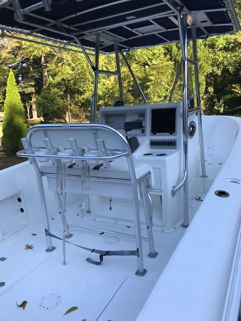 M 6015 VR Knot 10 Yacht Sales