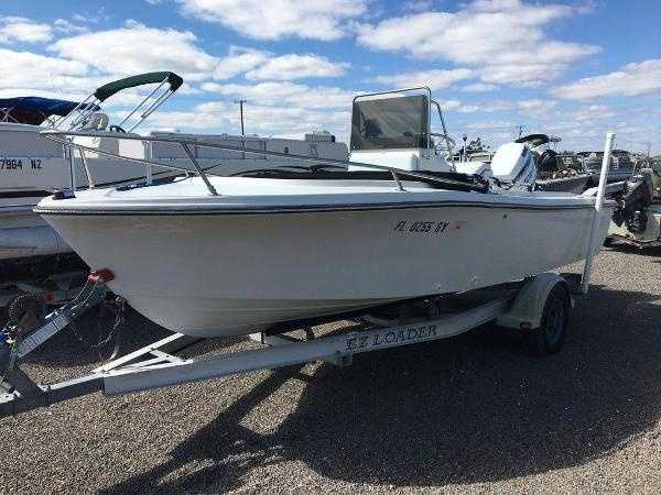 1989 Wellcraft boat for sale, model of the boat is 1710 & Image # 1 of 8