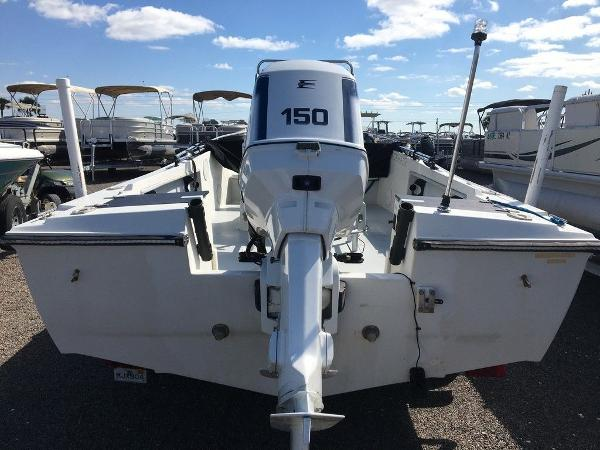 1989 Wellcraft boat for sale, model of the boat is 1710 & Image # 3 of 8