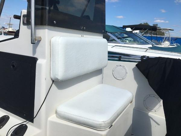 1989 Wellcraft boat for sale, model of the boat is 1710 & Image # 4 of 8