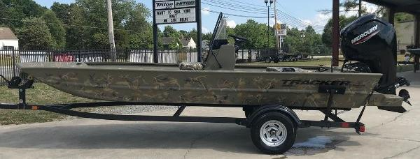 2022 TRACKER BOATS 1860 CC for sale
