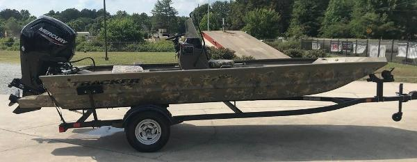 2022 Tracker Boats boat for sale, model of the boat is 1860 CC & Image # 2 of 17
