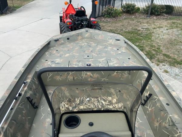 2022 Tracker Boats boat for sale, model of the boat is 1860 CC & Image # 11 of 17