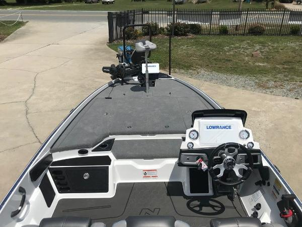 2022 Nitro boat for sale, model of the boat is Z21 XL Pro & Image # 6 of 20