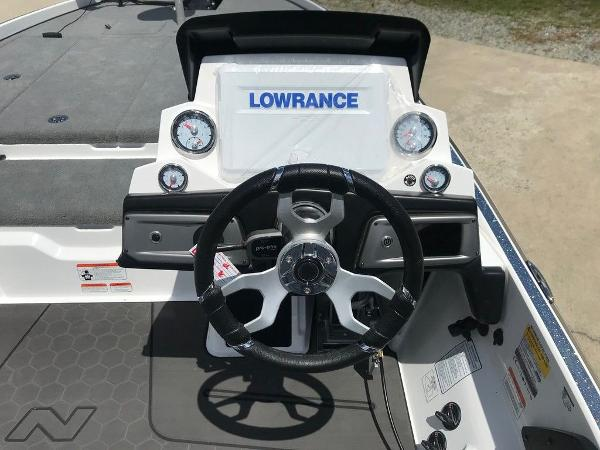 2022 Nitro boat for sale, model of the boat is Z21 XL Pro & Image # 10 of 20