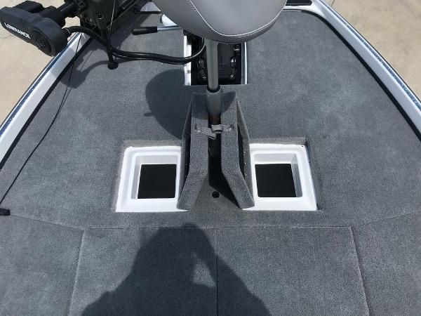 2022 Nitro boat for sale, model of the boat is Z21 XL Pro & Image # 11 of 20