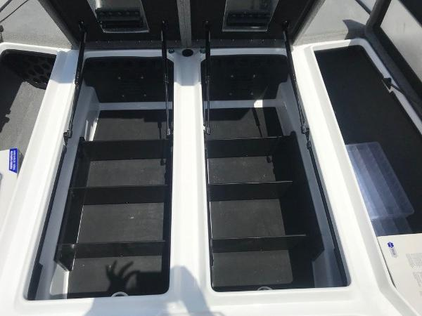 2022 Nitro boat for sale, model of the boat is Z21 XL Pro & Image # 13 of 20