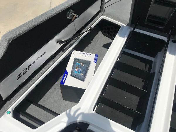 2022 Nitro boat for sale, model of the boat is Z21 XL Pro & Image # 14 of 20