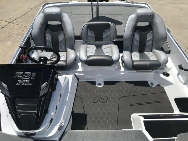 2022 Nitro boat for sale, model of the boat is Z21 XL Pro & Image # 15 of 20