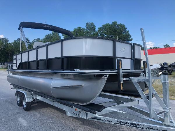 2021 Bentley boat for sale, model of the boat is 220 Fish & Image # 5 of 26