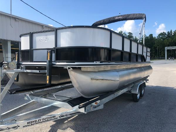 2021 Bentley boat for sale, model of the boat is 220 Fish & Image # 1 of 26