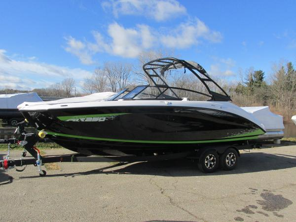 2021 Yamaha boat for sale, model of the boat is AR 250 & Image # 1 of 41