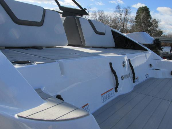 2021 Yamaha boat for sale, model of the boat is AR 250 & Image # 7 of 41