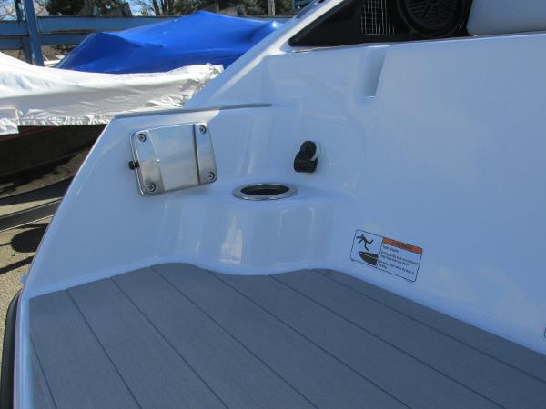2021 Yamaha boat for sale, model of the boat is AR 250 & Image # 10 of 41