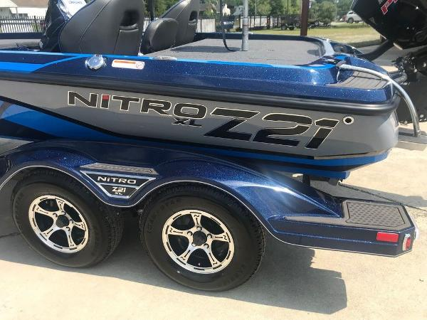 2022 Nitro boat for sale, model of the boat is Z21 XL Pro & Image # 4 of 16