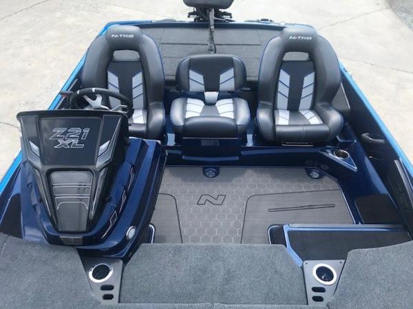 2022 Nitro boat for sale, model of the boat is Z21 XL Pro & Image # 10 of 16