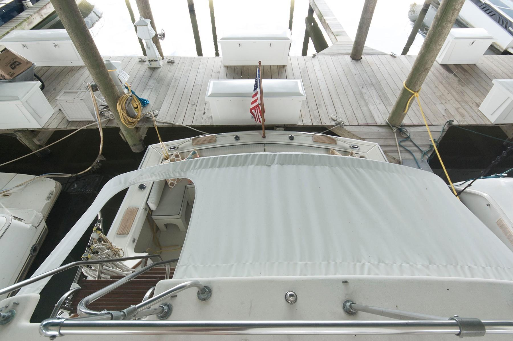 M 5904 VR Knot 10 Yacht Sales