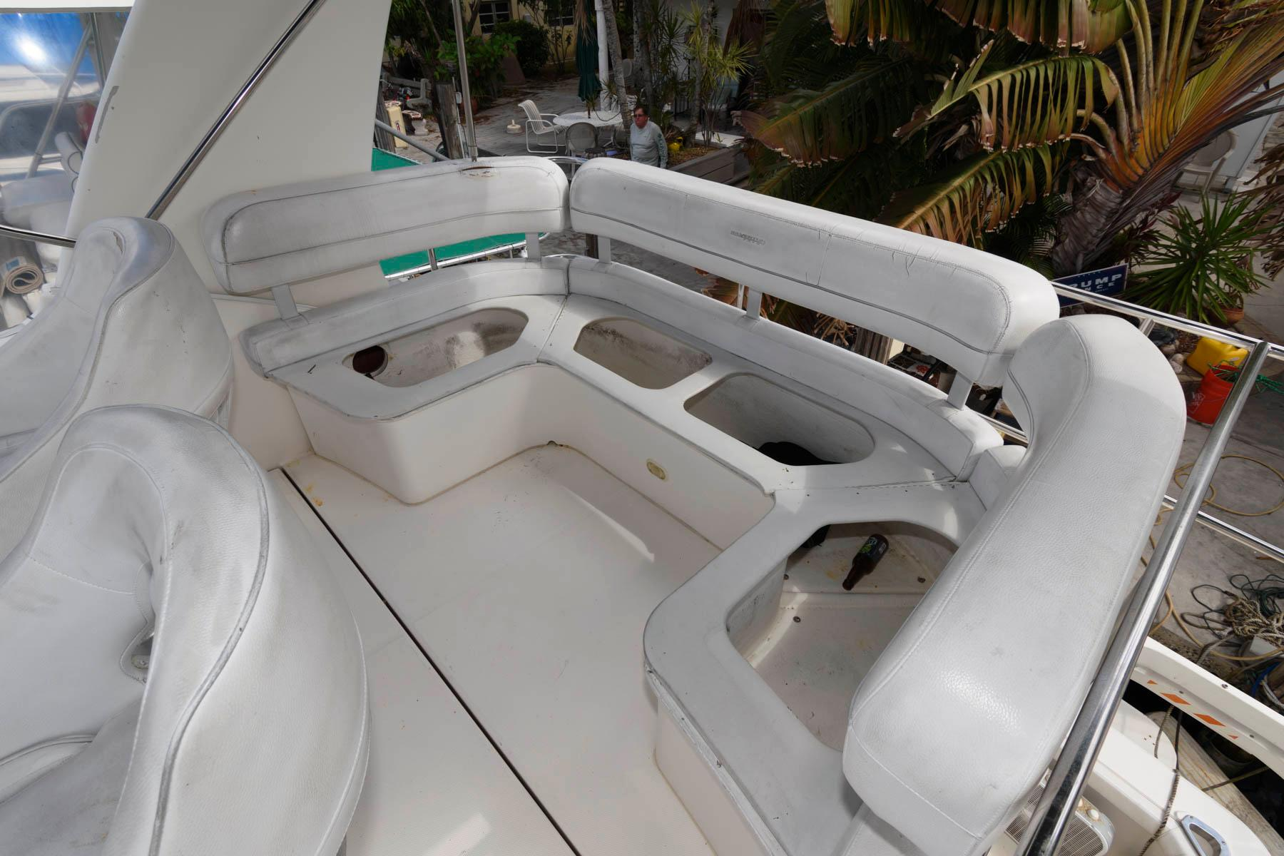 F 6031 MS Knot 10 Yacht Sales