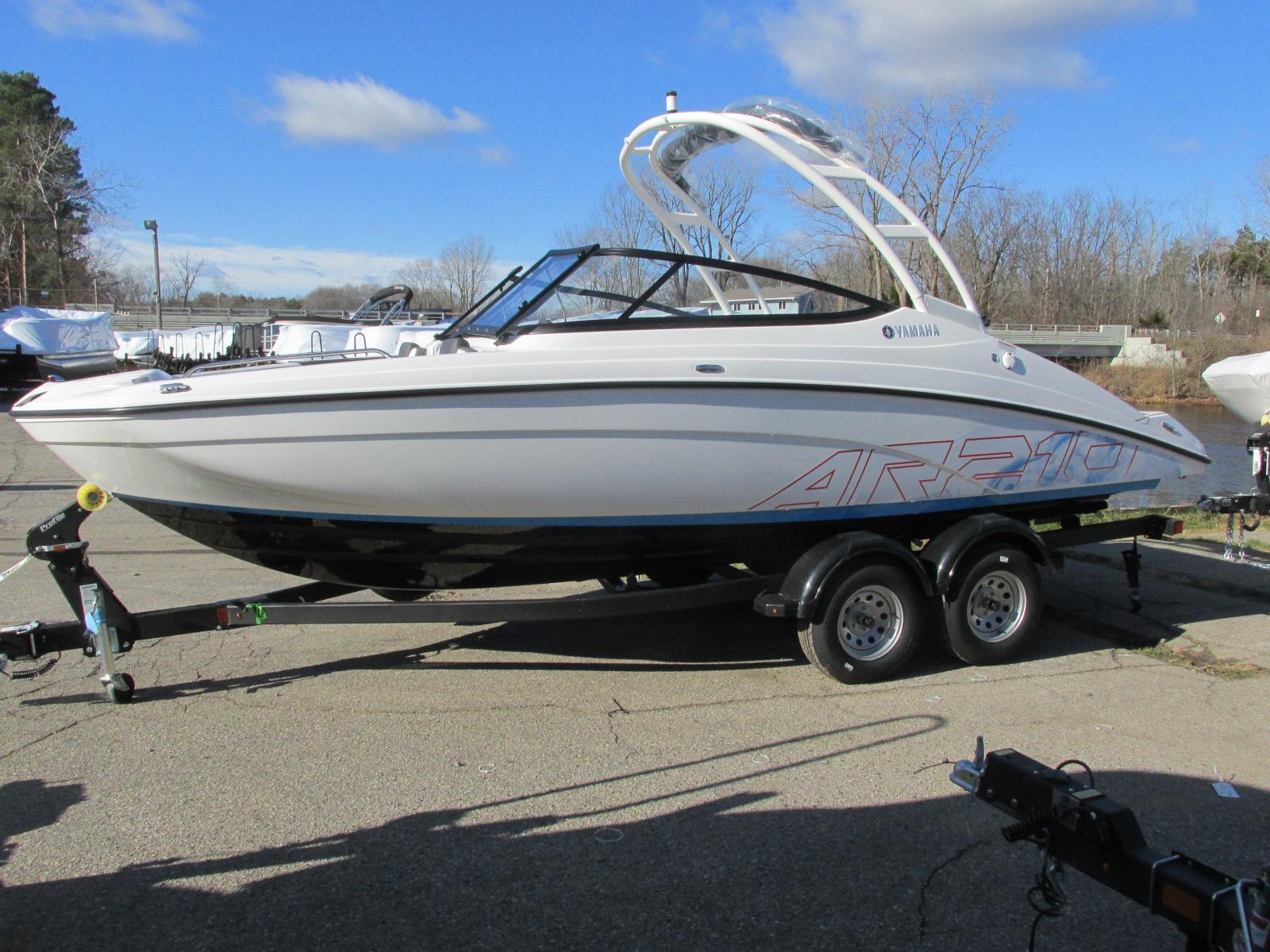Yamaha BoatsAR210