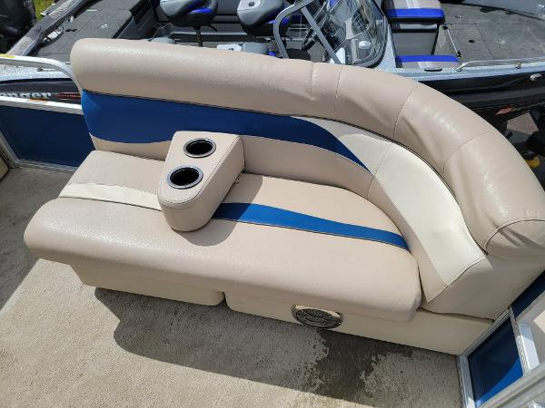 2013 Godfrey Pontoon boat for sale, model of the boat is SWEETWATER 2086 & Image # 8 of 16