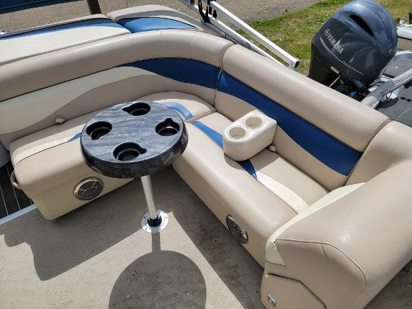 2013 Godfrey Pontoon boat for sale, model of the boat is SWEETWATER 2086 & Image # 10 of 16
