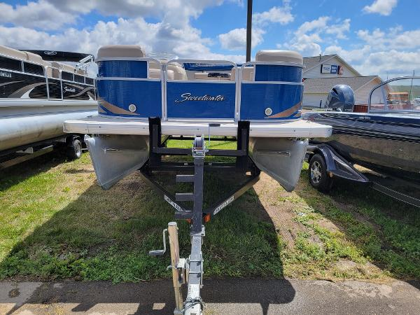 2013 Godfrey Pontoon boat for sale, model of the boat is SWEETWATER 2086 & Image # 2 of 16