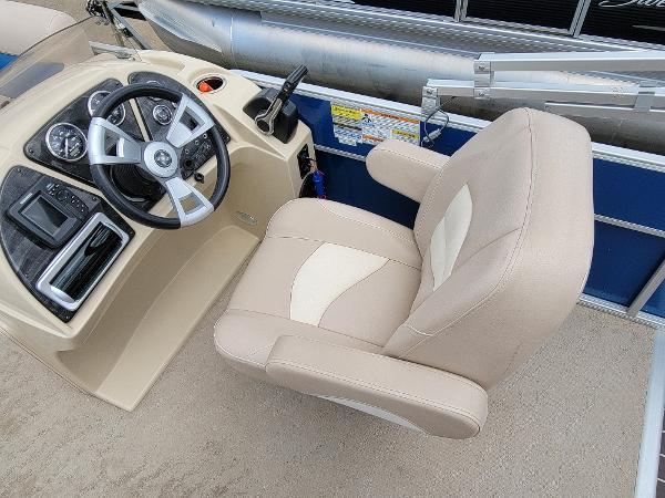 2013 Godfrey Pontoon boat for sale, model of the boat is SWEETWATER 2086 & Image # 13 of 16