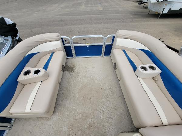 2013 Godfrey Pontoon boat for sale, model of the boat is SWEETWATER 2086 & Image # 16 of 16
