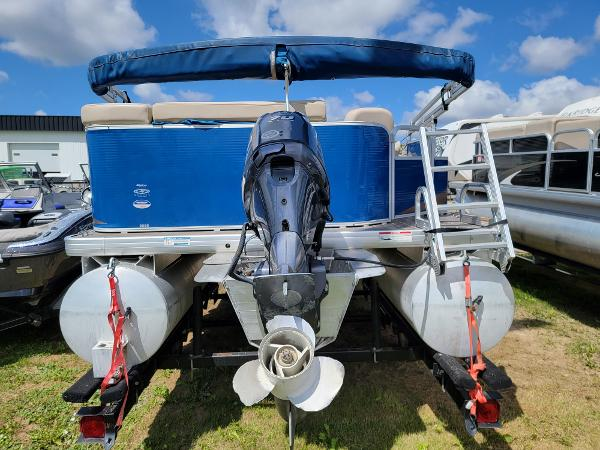 2013 Godfrey Pontoon boat for sale, model of the boat is SWEETWATER 2086 & Image # 5 of 16