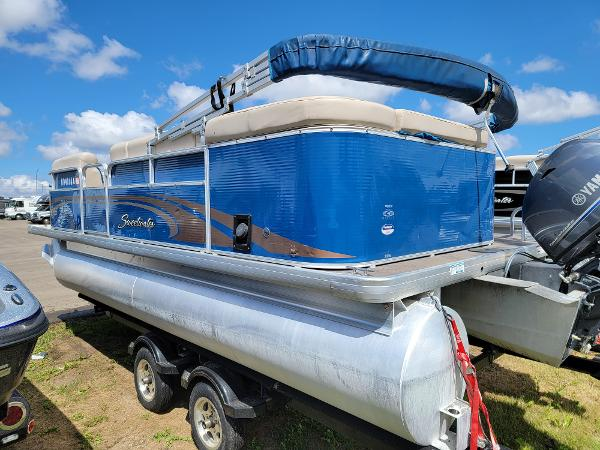 2013 Godfrey Pontoon boat for sale, model of the boat is SWEETWATER 2086 & Image # 6 of 16
