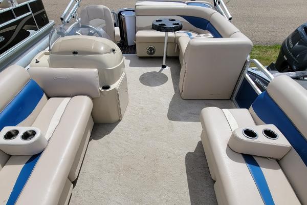 2013 Godfrey Pontoon boat for sale, model of the boat is SWEETWATER 2086 & Image # 7 of 16