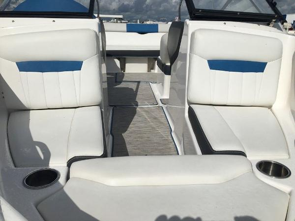 2016 Regal boat for sale, model of the boat is 1900ESX & Image # 2 of 9