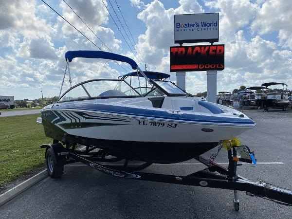 2016 Regal boat for sale, model of the boat is 1900ESX & Image # 3 of 9