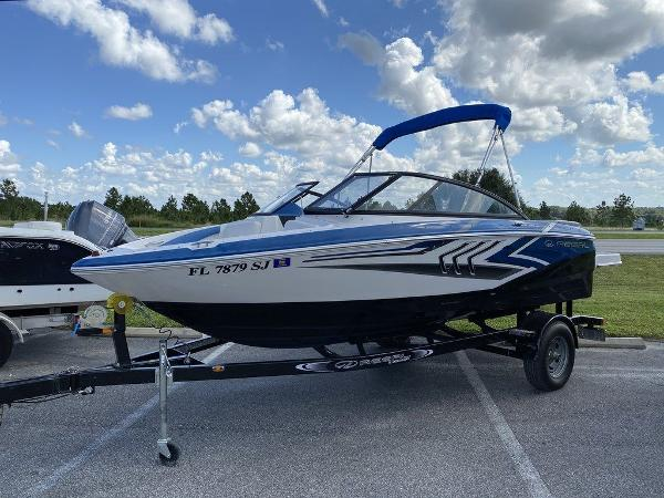 2016 Regal boat for sale, model of the boat is 1900ESX & Image # 1 of 9