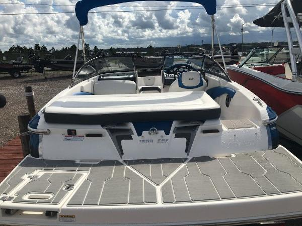 2016 Regal boat for sale, model of the boat is 1900ESX & Image # 6 of 9